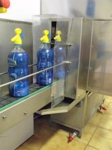 A palackok külső mosása
